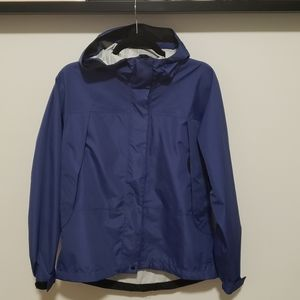 3/25 L.L. Bean Blue Rain Resistant Windbreaker